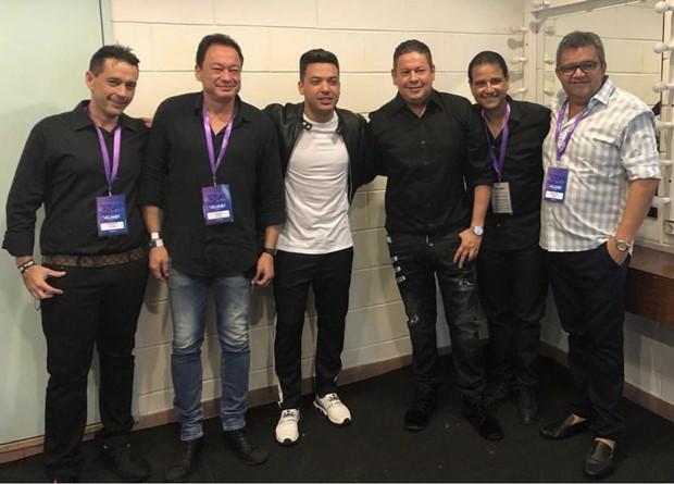 André camurça, Pedro Neto, Wesley Safadão, Marcos Araújo, Celso Luís e Roberto Costa (Foto: Rubens Cerqueira/Divulgação)