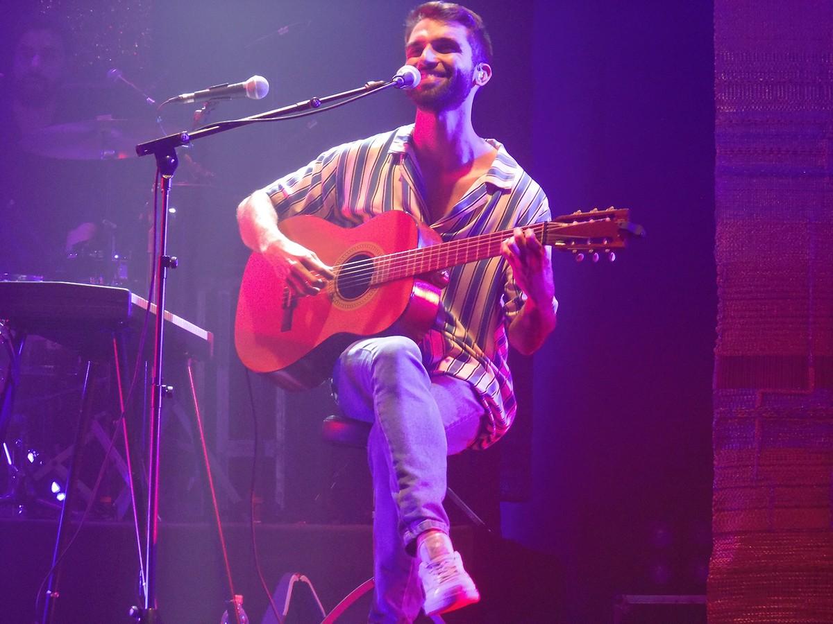 Silva vai de Pixinguinha a Martinho da Vila em álbum gravado ao vivo em Lisboa | Blog do Mauro Ferreira