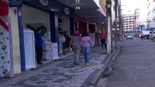 Universidades voltam a suspender aulas devido à greve dos rodoviários no Recife