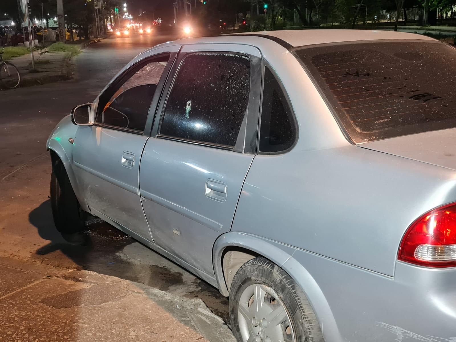 Adolescentes suspeitos de roubar carro e atropelar idoso durante fuga são capturados após perseguição policial, em Fortaleza