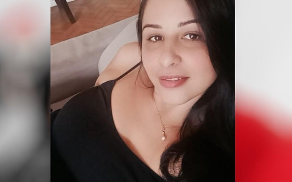 Nádia Xavier, de 37 anos, morreu esfaqueada pelo marido em Formosa, Goiás — Foto: Reprodução/Instagram