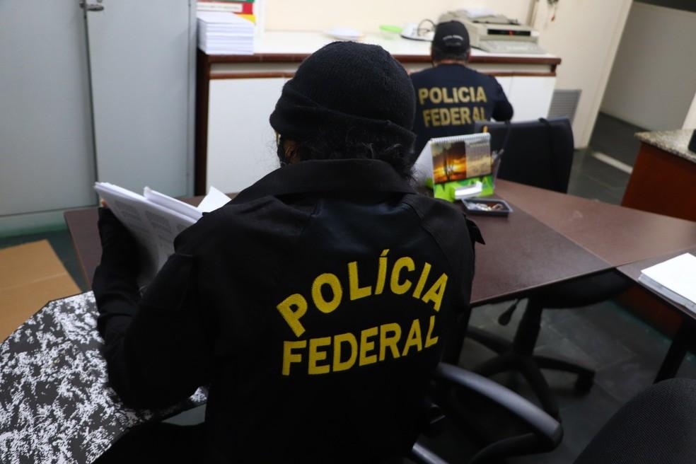 Operação da PF investiga desvio de recursos públicos na Secretaria de Educação de Petrolina — Foto: Polícia Federal / Divulgação