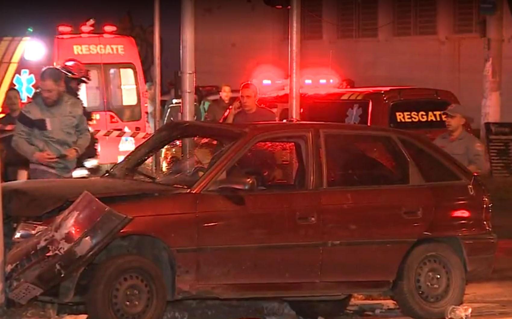 Acidente entre viatura da PM e carro de passeio deixa feridos em Campinas