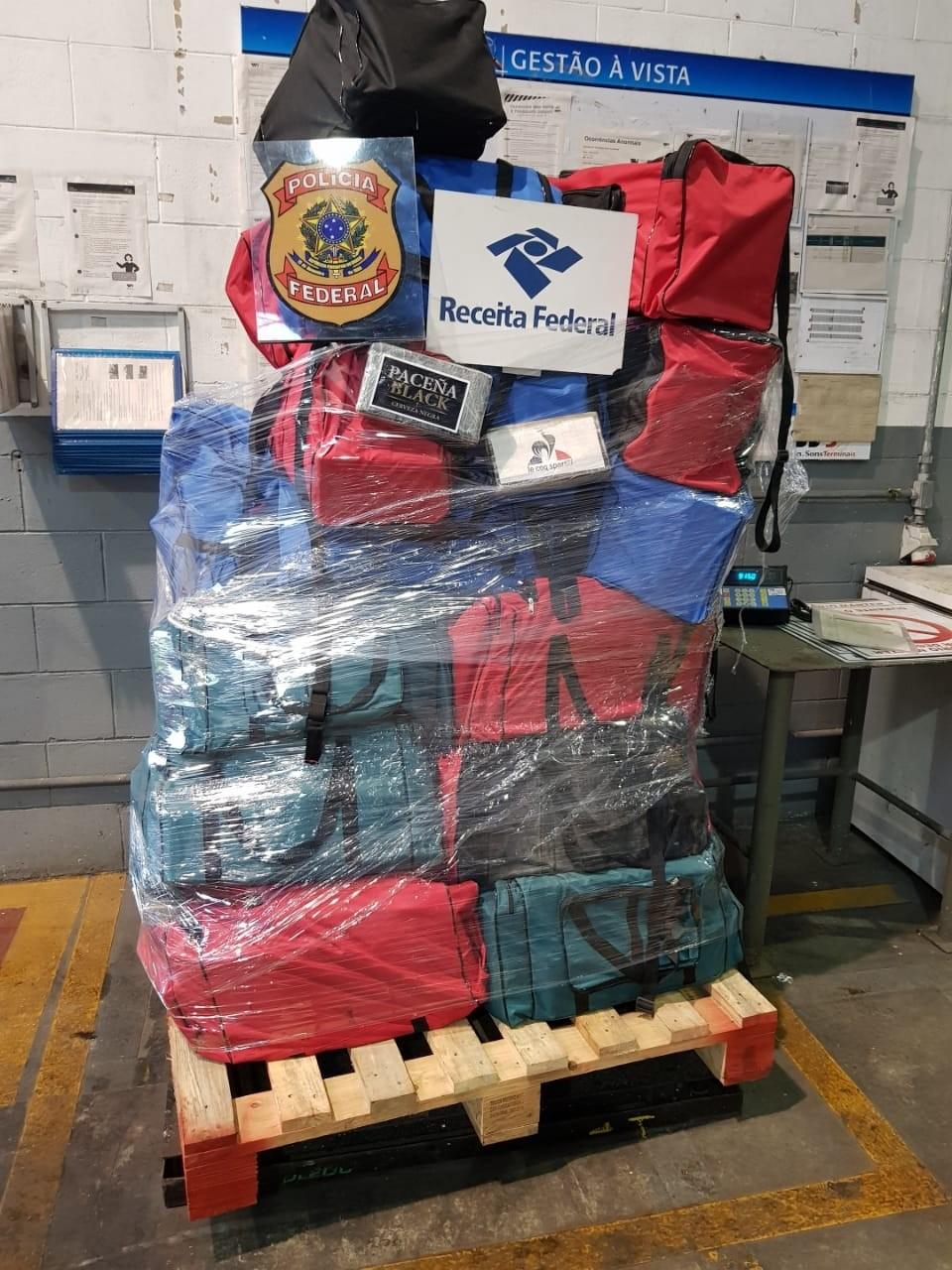 Quase uma tonelada de cocaína é apreendida no porto de Salvador; droga seria levada para Europa