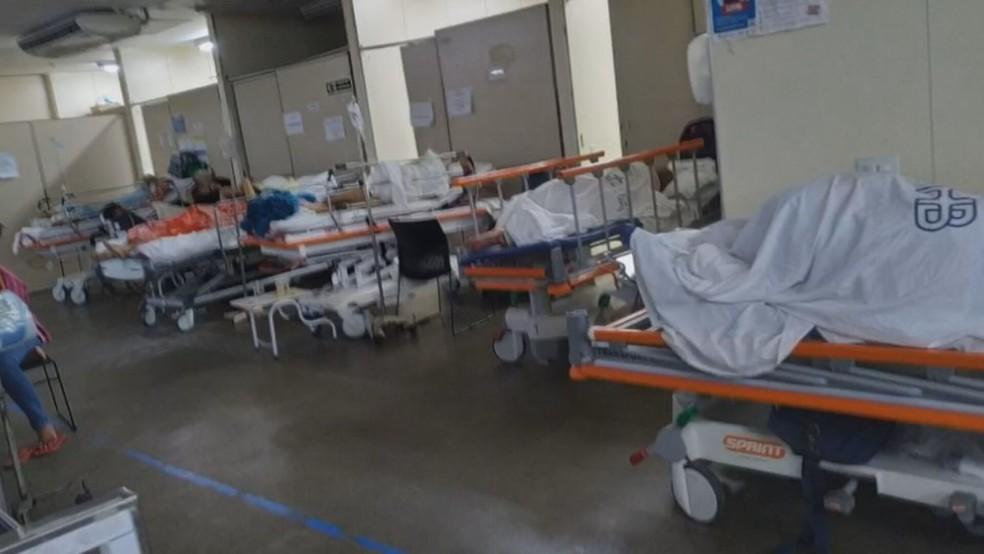 Ala cheia de pacientes no Hospital de Base, no DF — Foto: Arquivo pessoal