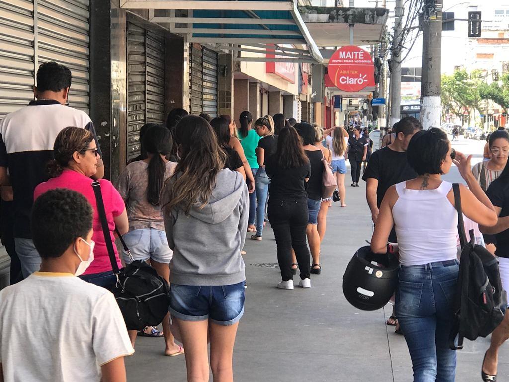 Santos tem incidência de coronavírus cinco vezes maior que índice nacional