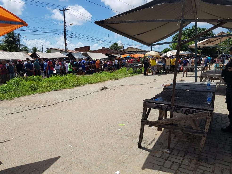 Homem é executado com um tiro em feira livre na Zona Norte de Natal — Foto: Luiz Gustavo/Inter TV Cabugi