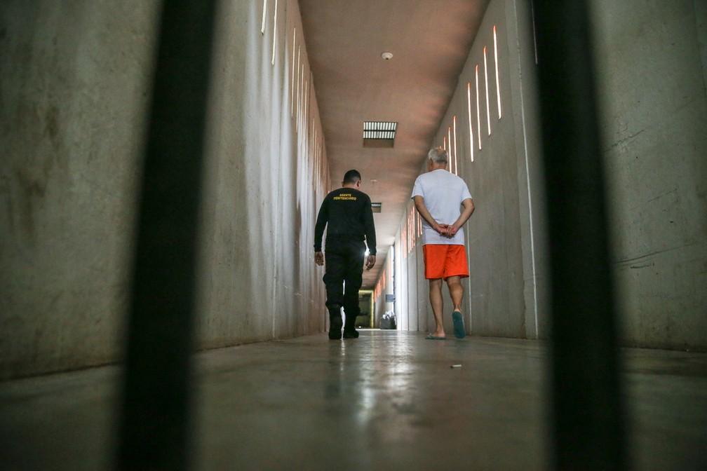 Familiares de presos provisórios temem incertezas dos parentes sem julgamento — Foto: Natinho Rodrigues/TVM