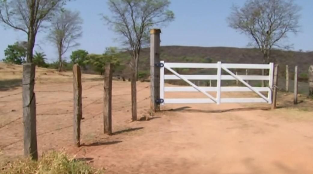 Polícia Civil reconstitui crime de casal morto por dívida de R$ 50 na zona rural de Passos, MG