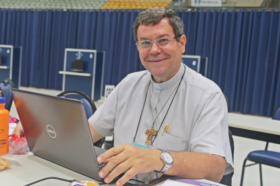 Dom Severino Clasen deixa a arquidiocese de Caçador para assumir Maringá  — Foto: Arquidiocese de Caçador/Divulgação
