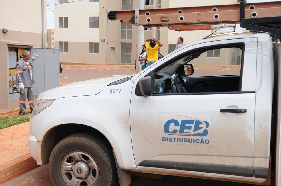 Veículo da Companhia Energética de Brasília (CEB) — Foto: Dênio Simões/Agência Brasília