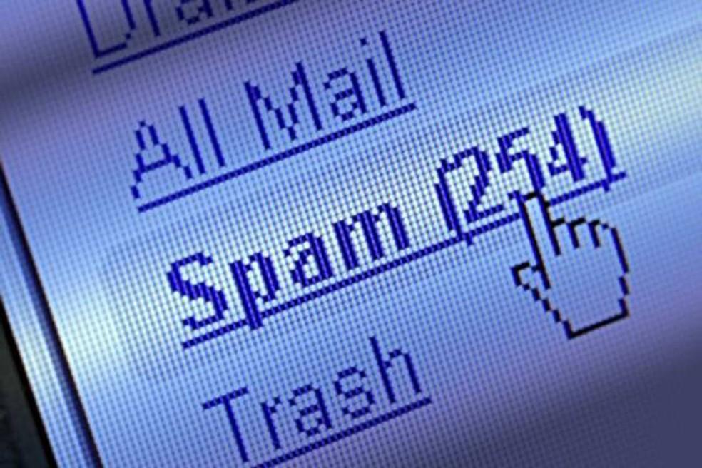Hackers driblam os filtros de segurança dos serviços de e-mail para que a mensagem de sextorsão chegue à caixa de entrada do destinatário — Foto: Pond5