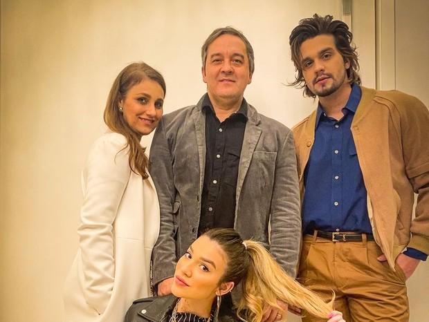 Luan Santana e família (Foto: Reprodução/Instagram)