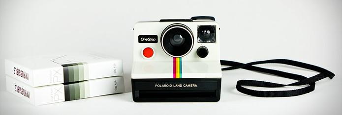 Máquina é réplica das primeiras Polaroid (Foto: Divulgação)