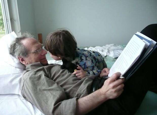 Brian: surpreendido pela paternidade (Foto: Reprodução/ Twitter)