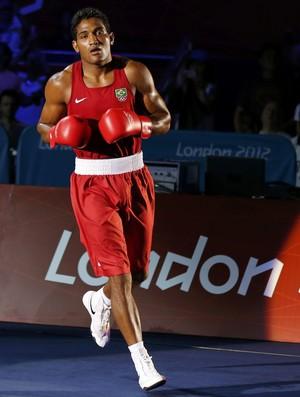 Yamaguchi Falcão antes da última luta Jogos de Londres (Foto: Murad Sezer/Reuters)