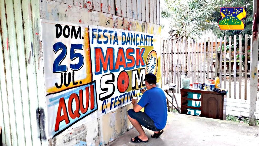 Faixas das festas de aparelhagem: cores e formas da Amazônia — Foto: Divulgação
