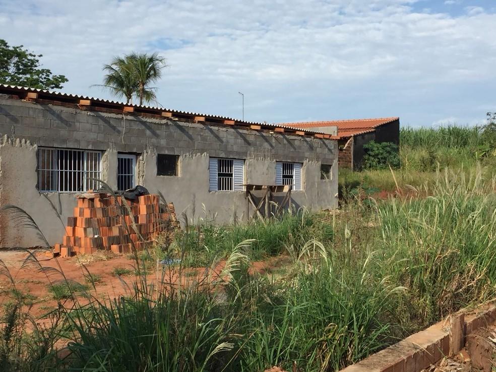 Casa do policial aposentado, em Santa Mercedes — Foto: Claudinei Troiano/TV Fronteira