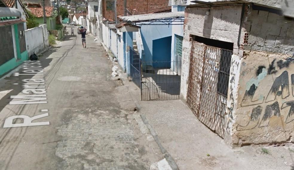 Rua Maria Teresa fica no bairro de Coqueiral (Foto: Reprodução/Google Street View)