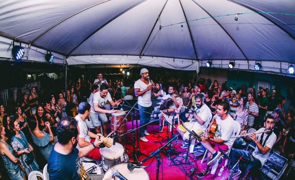 Couvert artístico cobrado por apresentações em bares serão destinados exclusivamente aos artistas — Foto: Divulgação