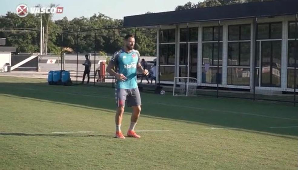 Castan (foto) e Marquinhos Gabriel estão em transição e devem boltar em breve ao time — Foto: Reprodução / Vasco TV