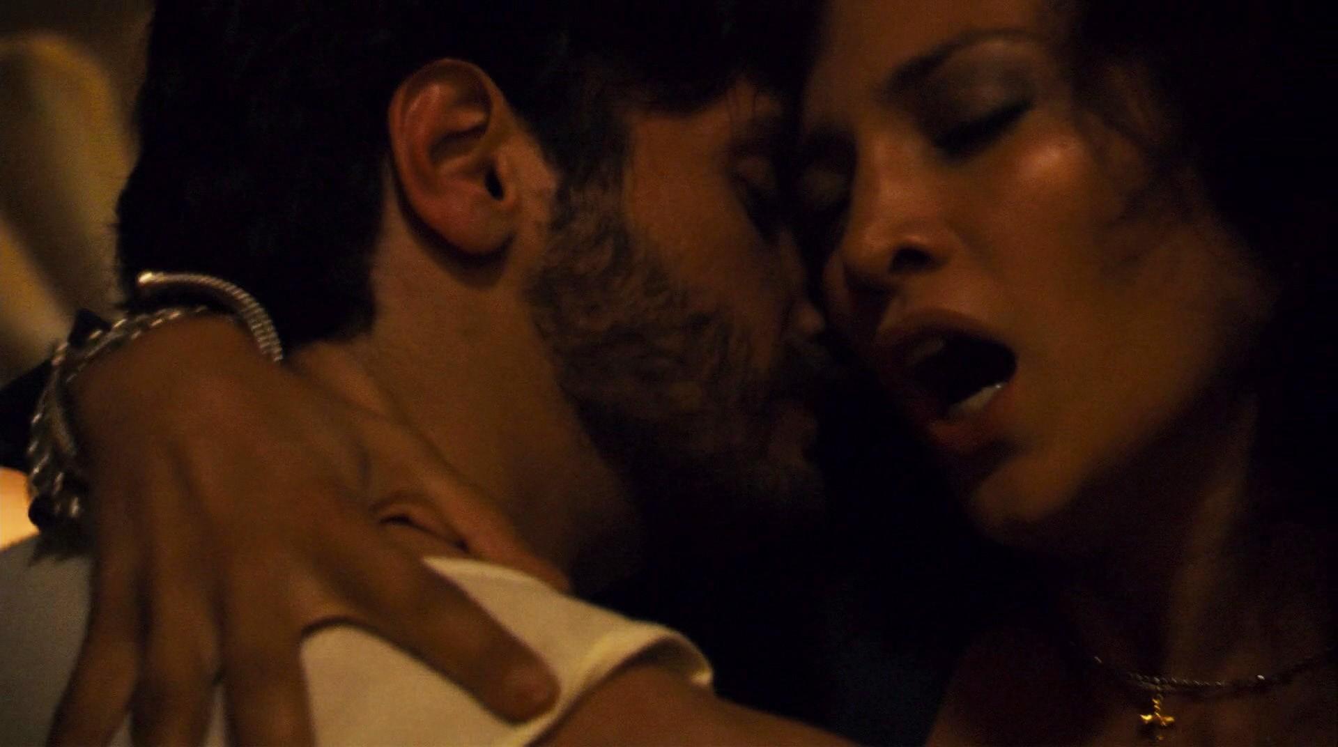 A atriz e cantora Jennifer Lopez em cena do drama policial Cidade do Silêncio (2007) (Foto: Reprodução)