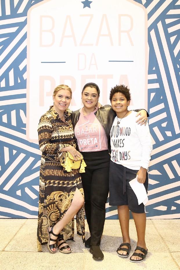 Preta Gil com Astrid Fontenelle e Gabriel (Foto: Manuela Scarpa/Brazil News)