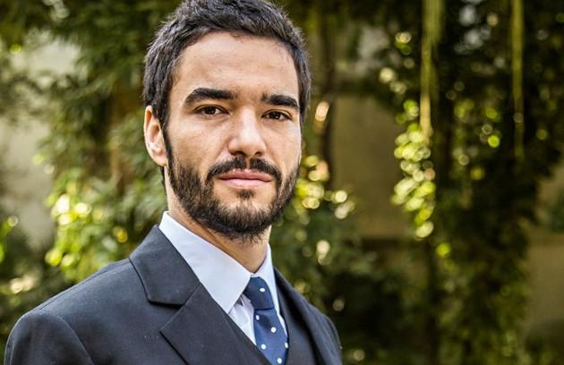 Já Maria Marta prefere que o primogênito, José Pedro (Caio Blat), seja o herdeiro dos negócios da família (Foto: Reprodução)