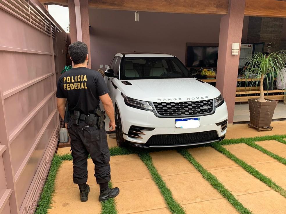 PF apreendeu carro de luxo durante operação Carga Prensada em RO — Foto: Divulgação/PF