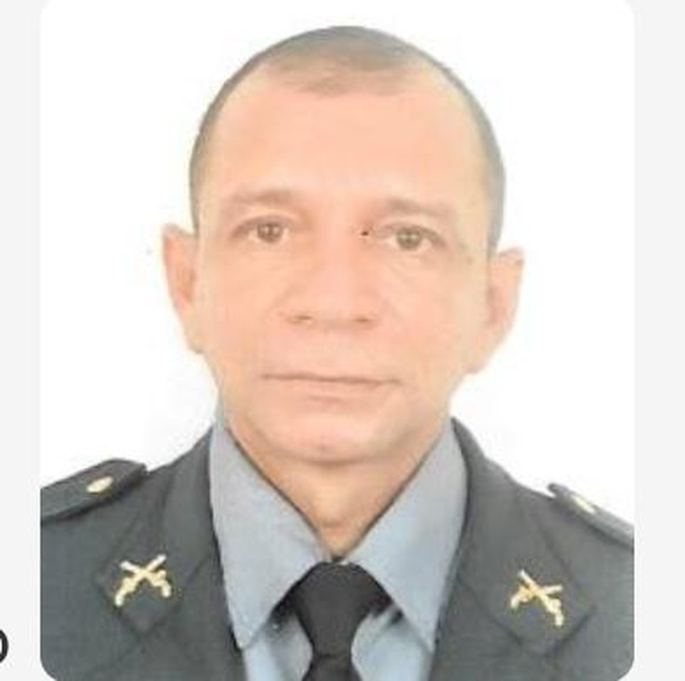 Sargento da Polícia Militar, Edmilson Cardoso, foi encontrado sem vida na casa onde morava no bairro Santarenzinho — Foto: Reprodução/Redes Sociais