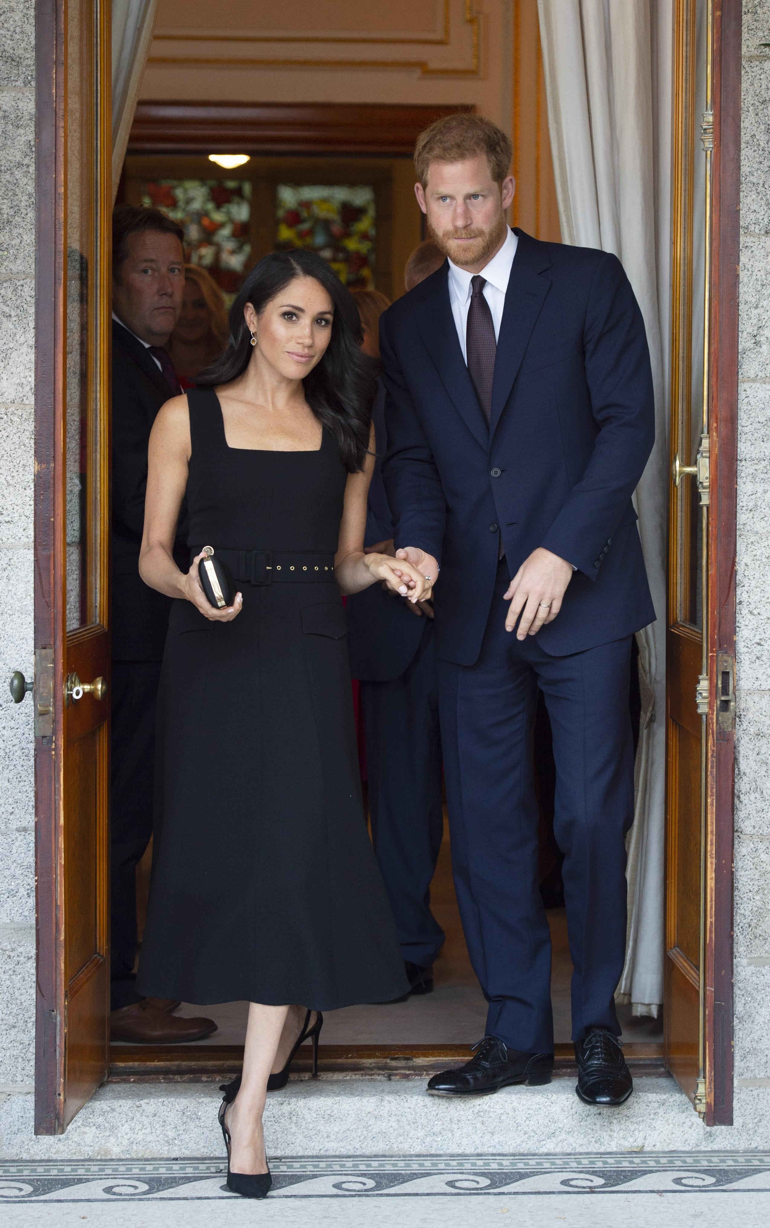 Há menos de um ano na família real, o estilo de Meghan Markle já virou destaque (Foto: Getty Images)