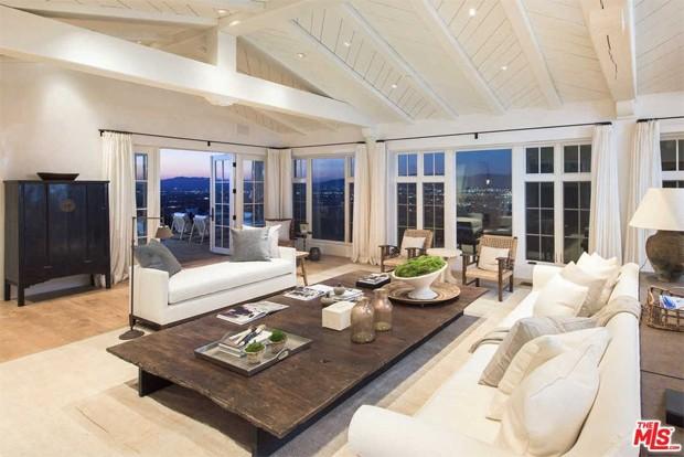 Eva Longoria coloca sua mansão à venda (Foto: Divulgação / Zillow)