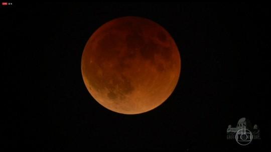 O que a mudança brusca de temperatura durante o eclipse da superlua pode ajudar a revelar
