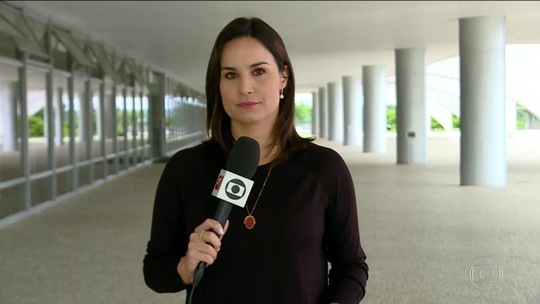 Bolsonaro se reúne com Onyx e Guedes para discutir a reforma