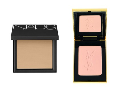 Pó e base All Day Luminous NARS, R$ 245 e pó compacto Radiance Yves Saint Laurent, R$ 339