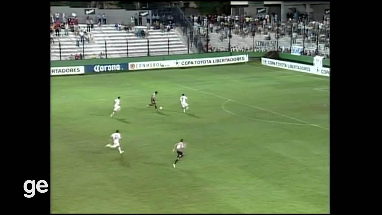 Quilmes 2 x 2 São Paulo (fase de grupos)
