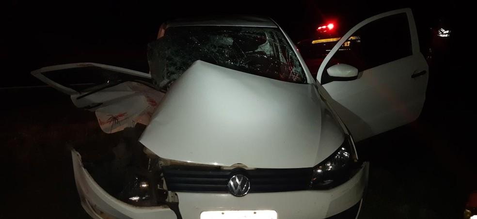 Idoso morre após bater em carreta enquanto deixava fazenda em Ocauçu — Foto: Polícia Rodoviária Federal/Divulgação