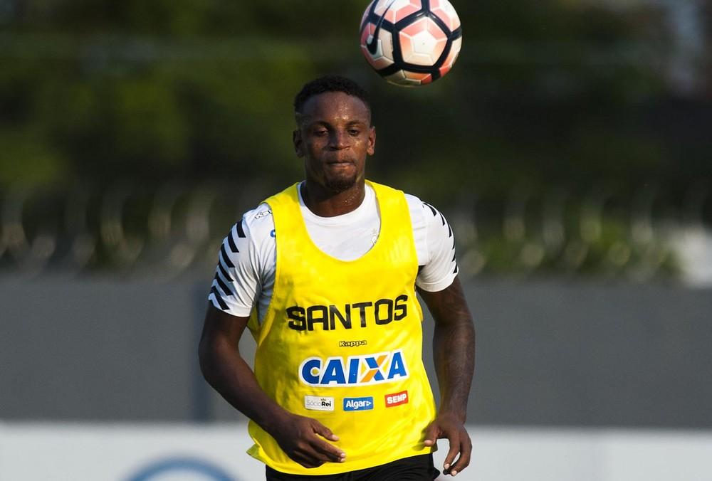 Após levar Cleber, Coritiba fica próximo de tirar Longuine do Santos