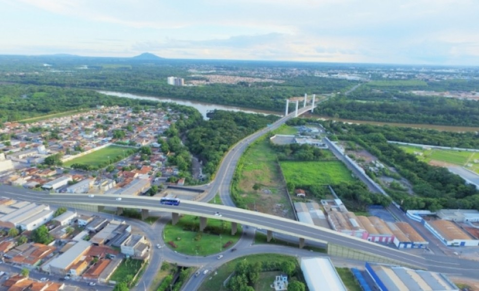 Ambos os viadutos devem ter 200 metros de trecho em concreto, largura de 18 metros quadrados, 150 metros de muro em escama de concreto, totalizando uma área de 7,2 mil metros quadrados. — Foto: Prefeitura de Cuiabá/Assessoria