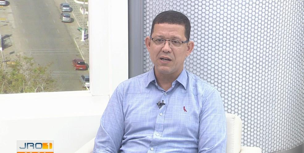 Em entrevista ao Jornal de Rondônia, Coronel Marcos Rocha fala em corte de gastos e combate à corrupção.  — Foto: Reprodução/Rede Amazônica