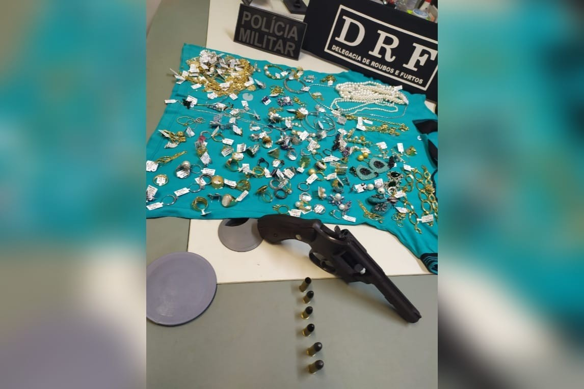 Polícia prende assaltante e recupera joias roubadas de joalheira avaliadas em R$ 250 mil no Bairro Aldeota, em Fortaleza