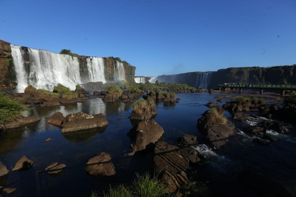 Por causa das medidas restritivas em Foz do Iguaçu, parque recebeu poucos visitantes — Foto: Nilton Rolin / Cataratas do Iguaçu