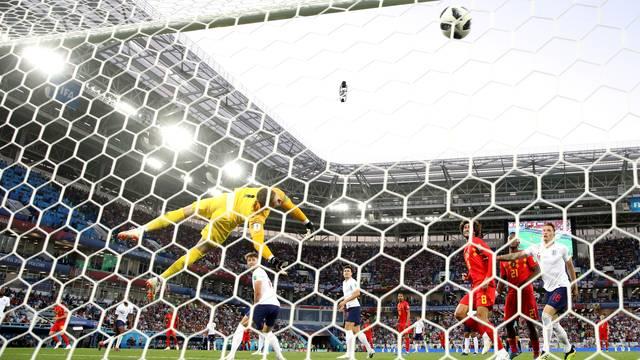 Gol de Januzaj, da Bélgica, contra a Inglaterra