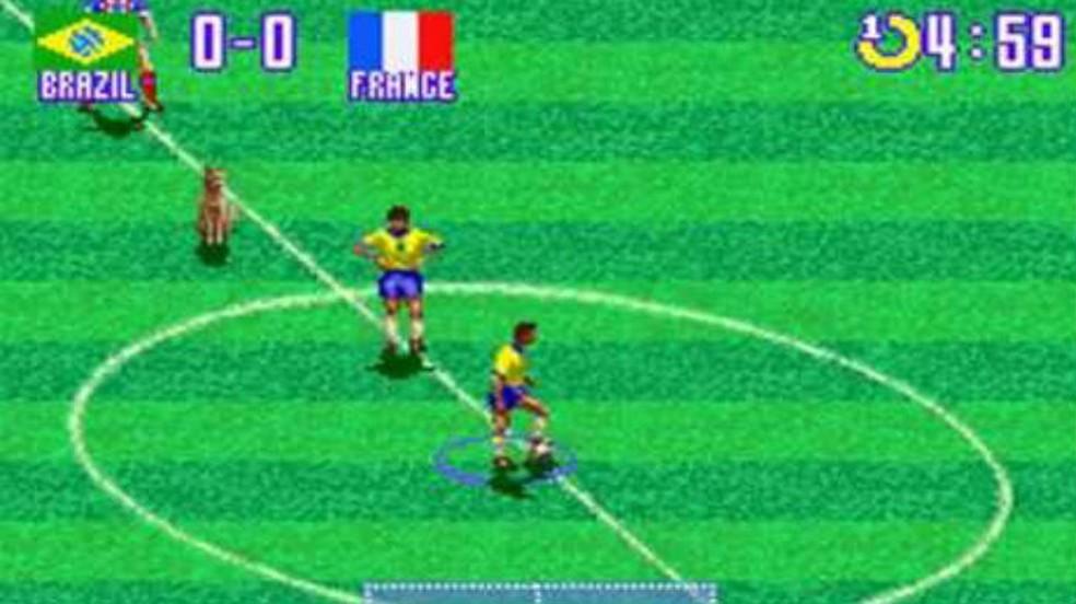 Curiosidades de International Superstar Soccer: o cachorro juiz é uma dica clássica dos videogames — Foto: Reprodução / Thomas Schulze