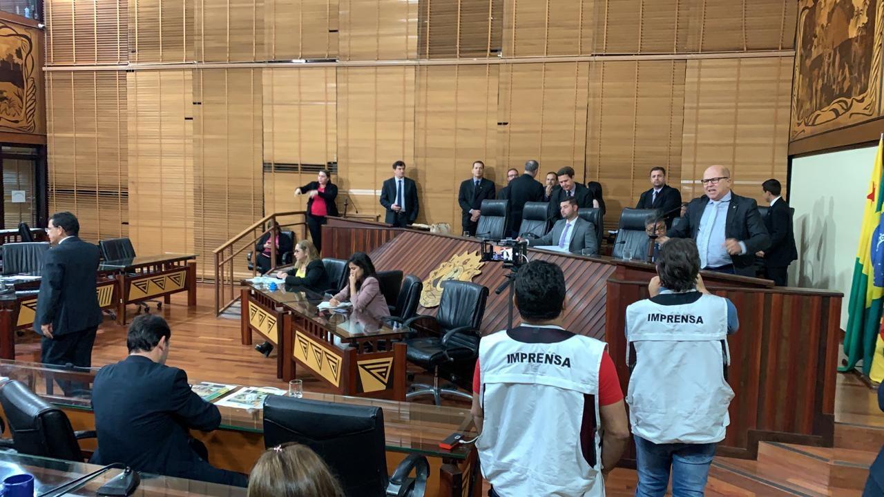 Deputados aprovam pedido de empréstimo de R$ 268 milhões do governo do AC - Notícias - Plantão Diário