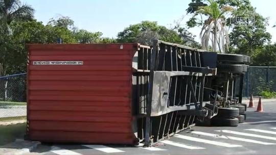 Acidentes de trânsito causam congestionamento nas zonas Sul, Leste e Centro-Sul de Manaus