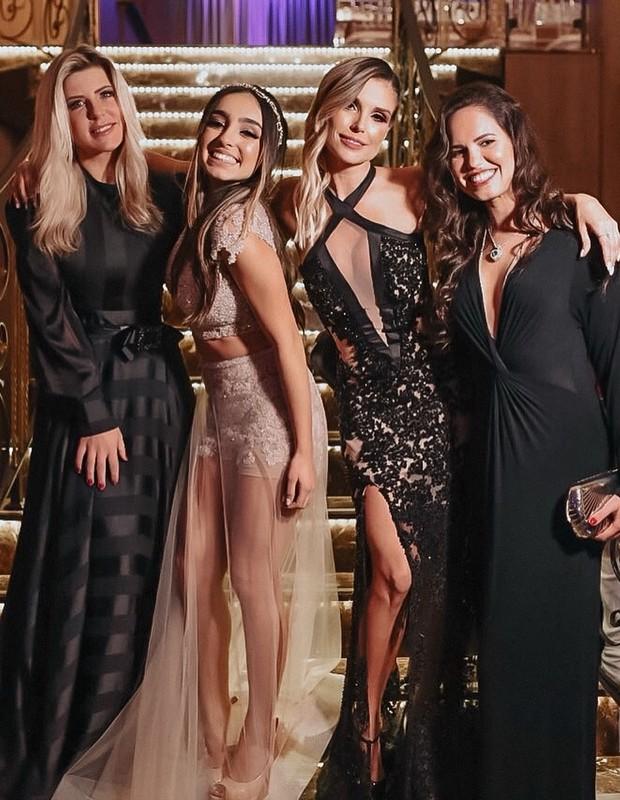 Íris Stefanelli, Sabrina Viana, Flávia Viana e Paula Ferreira (Foto: Bruna Guimarães)