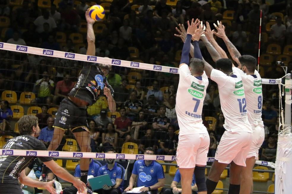Vôlei Taubaté empatou a partida no segundo set — Foto: Divulgação/Sada Cruzeiro