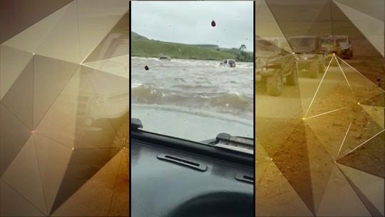 Jipeiros que ficaram presos em rio no RS reencontram equipe de resgate: 'Eterna gratidão'