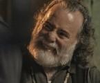 Zé Maria (Tony Ramos) impedirá que facção mate o filho   Reprodução/TV Globo